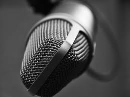 talk-show-microphone